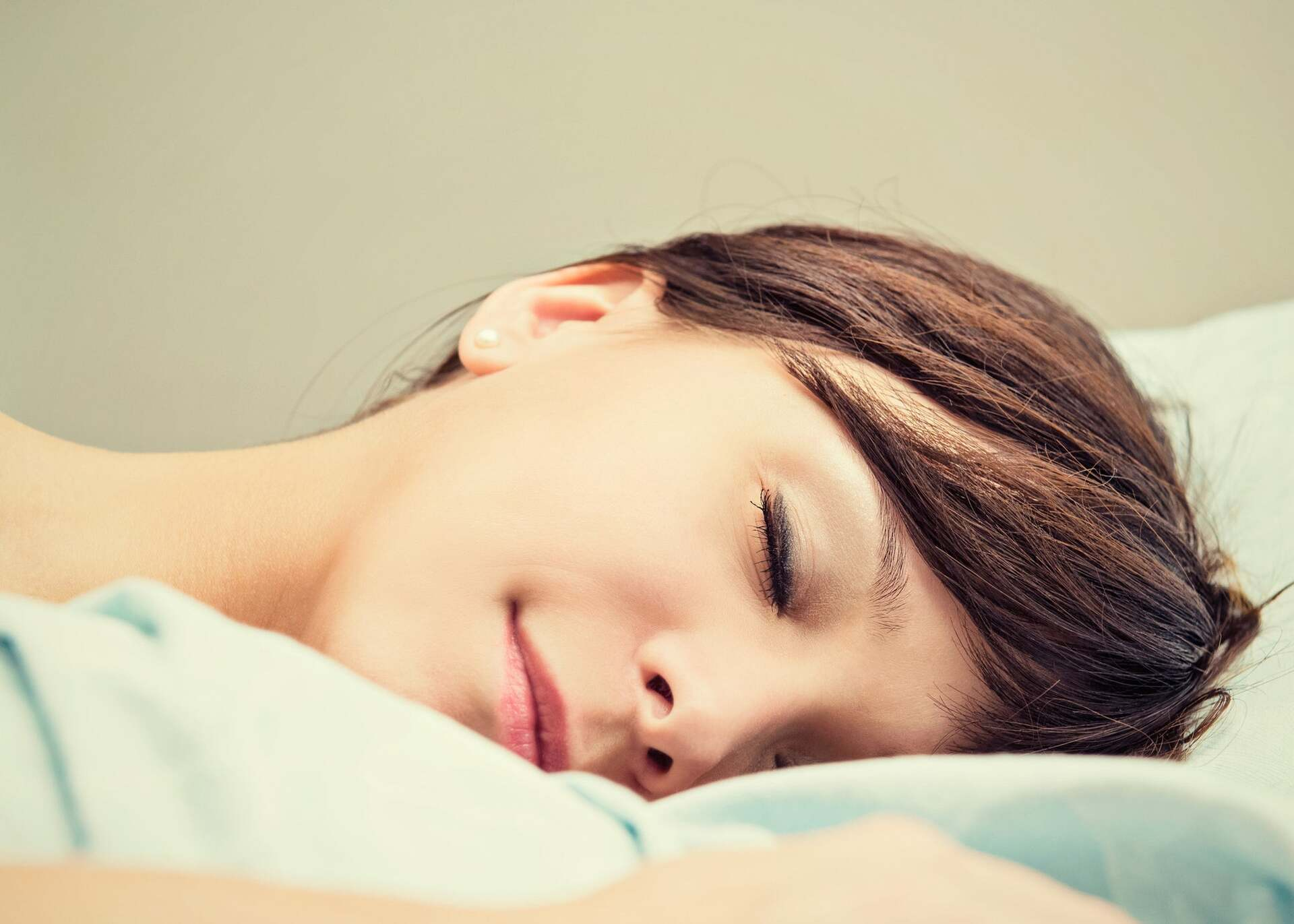 How To Get A Good Night's Sleep: The 8 Best Rules